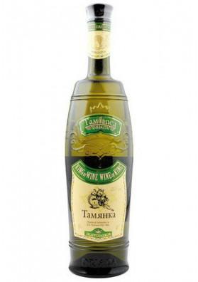 Vino blanco semidulce  TAMYANKA  11%alk.6x0.75L
