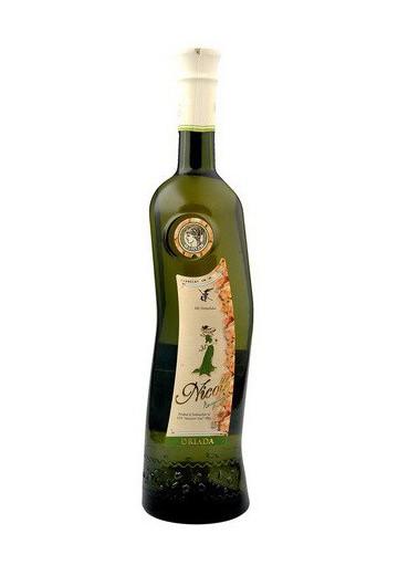 Vino blanco semidulce  NIKOL  11%alk.12x0.75L
