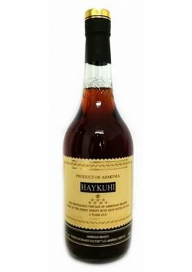 Brandy armenian HAYKUHI 8años 40%alk.0.5L