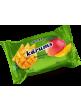 Requeson dulce bañado en chocolate con sabor a mango 40x45gr.KARUMS